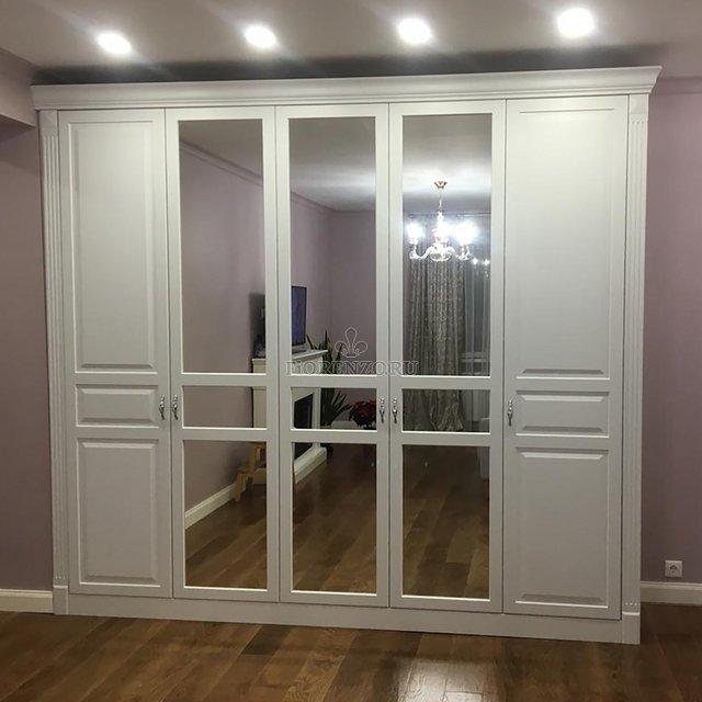 Шкаф классический белый