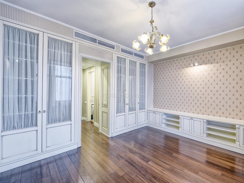 Встроенные шкафы в гостиную